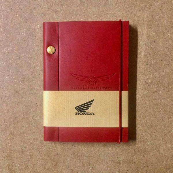 Carnet cuir A6 Gold Wing Garance - Motard Society