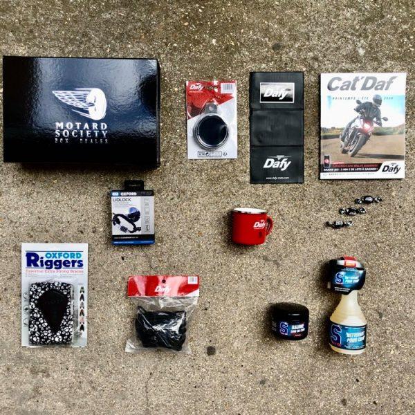 Dafy Box Custom by Motard Society